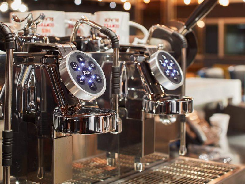 coffee machine cafe-feel lounge